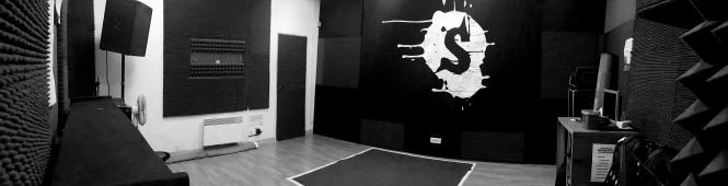 salle de répétition noir et blanc